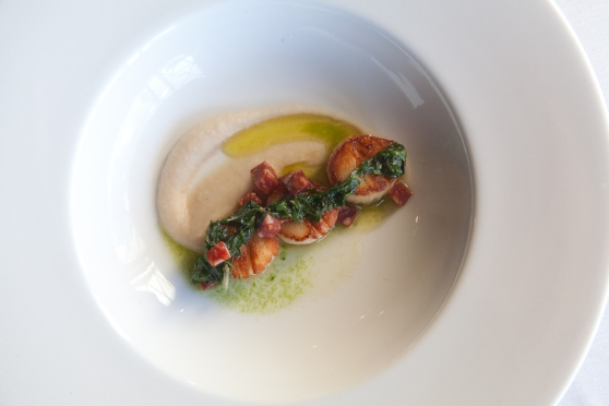 Scallops with Cilantro Pesto