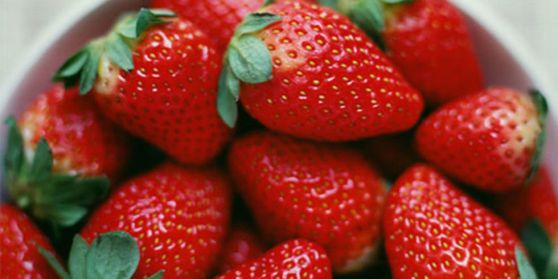 5489f9f27ab84_-_strawberries-xln